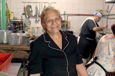 Amalia Bázan, in the kitchen of the dining room that she founded 20 years ago