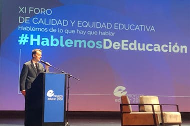 Adrián Cristófano, professor at the School of Technical Secondary Education No. 4 Engineer Emilio Miter who received the Community Award for Education.