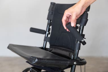 There are two types of chairs: one that performs reciprocating movements and another that moves up and down.