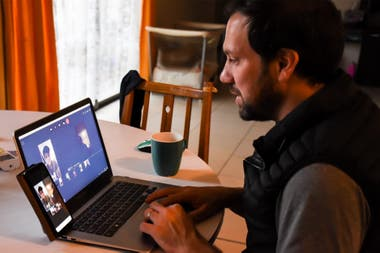 Federico in one of the virtual classes with his students