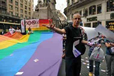 Activo militante por los derechos del colectivo LGTBIQ, Cigliutti luchó por la ley de matrimonio igualitario e identidad de género