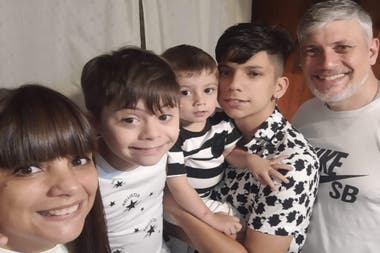Rodri with his family.  Marta and Javier, their parents, and their brothers Ignacio (14) and Bautista (3)