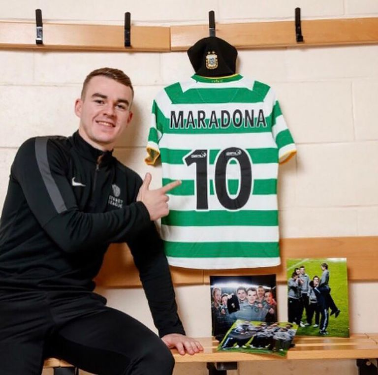 The memories of Adam Brown and his eternal moment with Maradona;  Today the Scotsman is 25 years old and a professional footballer, in the fourth category of his country.
