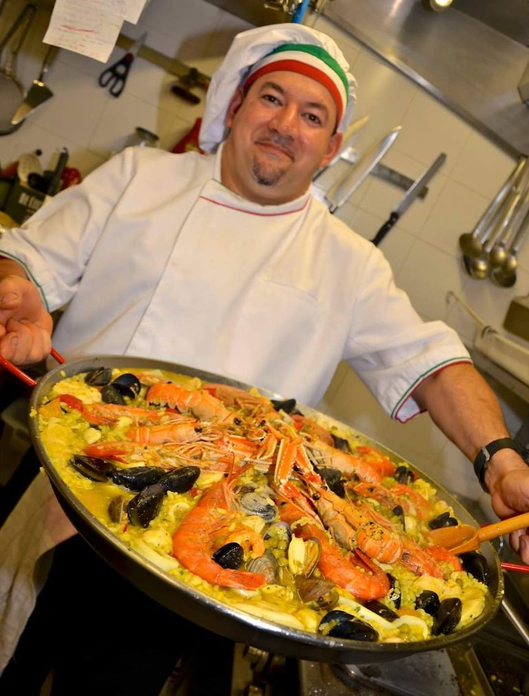 The restaurant specializes in Mediterranean cuisine with fresh products and recipes from La Nonna