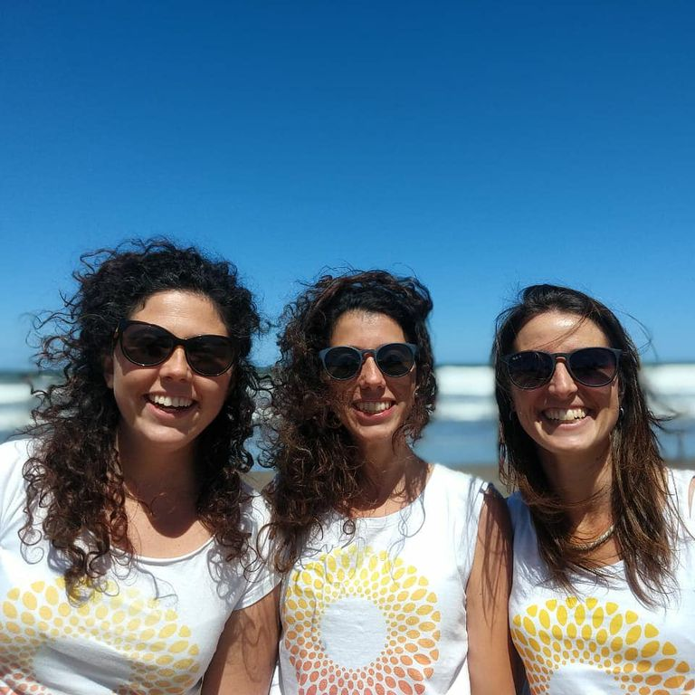 Sofía, Rocío and Débora, friends and partners in an unprecedented endeavor.