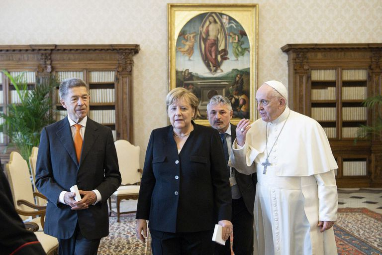 Angela Merkel and her husband, Joachim Sauer, during the papal audience